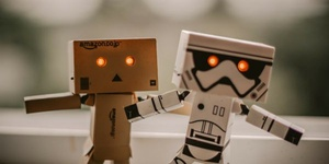 How AI Helps, Not Replaces, Content Marketers