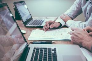 Come costruire una lista email da zero: 9 strategie da seguire per il 2021 + Infografica