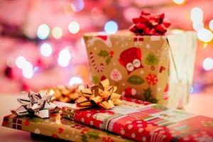Przegląd świątecznych kampanii mailingowych