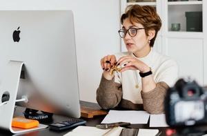 Umsatzsteigernde Webinare erstellen – 4 Business Cases, die funktionieren!