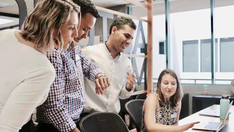 Как создать корпоративную рассылку: советы и идеи