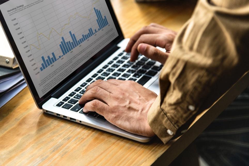 """Webinar """"Jak tworzyć wartościowe treści – o idealnej współpracy między SEO i contentem"""" – pytania i odpowiedzi"""