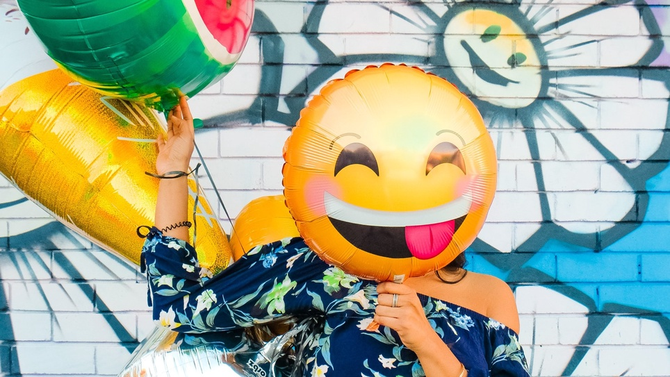 Should You Use Emojis in Your Email Subject Line? [Plus Best Practices for Adding Them]