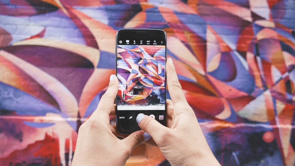 8 Creative Instagram Stories Ideas with Examples